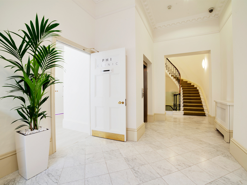 Entrance to PHI Clinic London