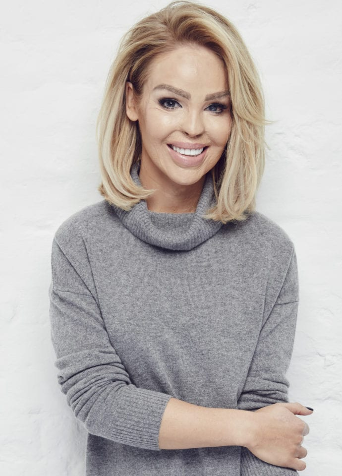 Katie Piper - Notebook_katie_piper_0486 690x960