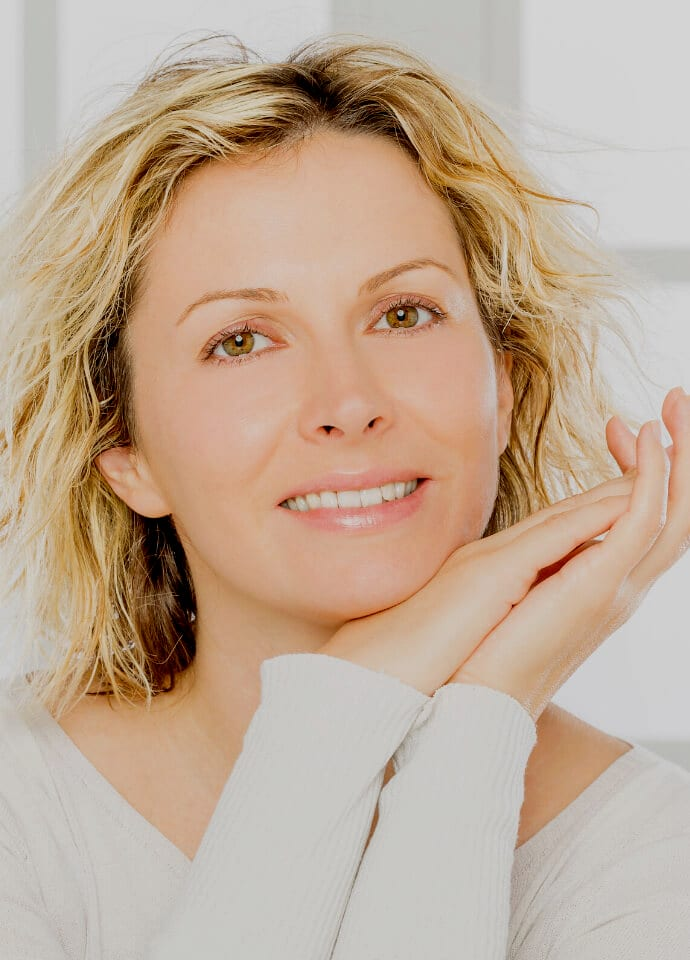 Pros And Cons Of Loose Skin Surgery - Skin Rejuvenation Treatment best clinic london 690x960 1