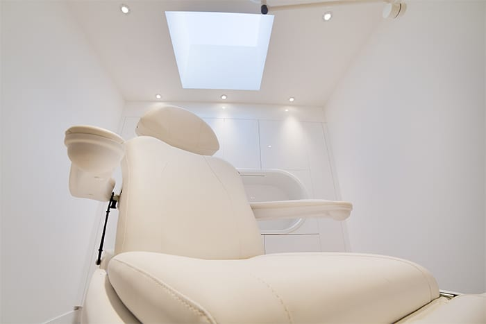 non-surgical-treatment-room-image