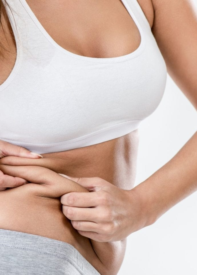 Non-Surgical Love Handle Treatment - non invasive fat removal with coolsculpting 1920x1280 1 690x960